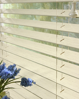 Hunter Douglas Chalet Woods Wood Blinds